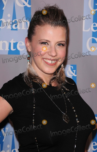 Jodie Sweetin Photo - LA Gay  Lesbian Centers Womens Service Annual an Evening with Women at the Beverly Hilton Hotel in Beverly Hills CA 04162011 Photo by Scott Kirkland-Globe Photos  2011 Jodie Sweetin
