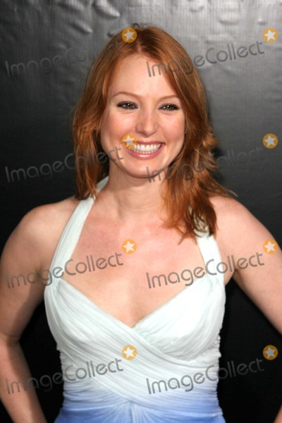 Alicia Witt Photo - Columbia Pictures the Cinema Society and Calvin Klein Presents the New York Premiere of We Own the Night Chelsea West Cinema-nyc-100907 Photo by John B Zissel-ipol-Globe Photos Inc 2007 Alicia Witt