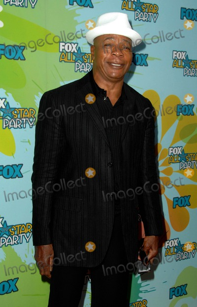 Carl Weathers Photo - Fox 09 All-star Party at the Langham Huntington Hotel  Spa in Pasadena CA 08-06-2009 Photo by James Diddick-Globe Photos  2009 Carl Weathers