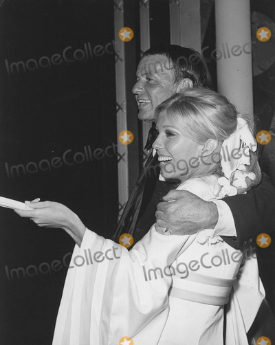 Nancy Sinatra Photo - Nancy Sinatra with Father Frank Sinatra in Las vegasc 1968supplied by Globe Photos Inc