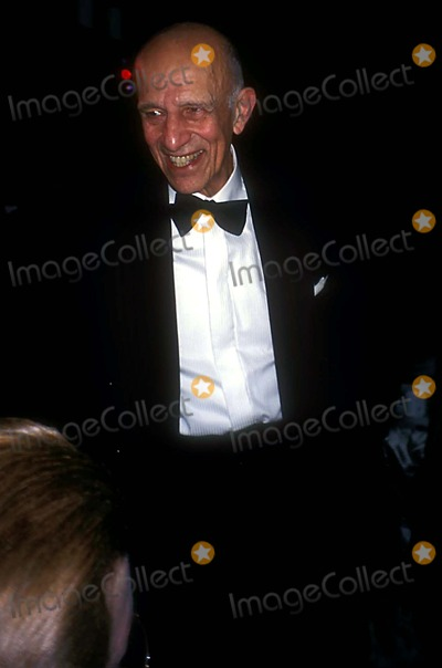 Alex Katz Photo - Whitney Museum Gala New York City 11132003 Photo Rose Hartman Globe Photos Inc 2003 Alex Katz