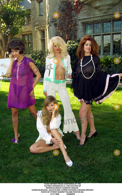Carrie Stevens Photo - Hugh Hefner Press Confrence at the Playboy Mansion in LA For Auction of Watercolors by Alberto Vargas Karen Mcdougal Kalm Olson Carrie Stevens  Deanna Brooks Photo by Fitzroy BarrettGlobe Photos Inc 12-7-2000