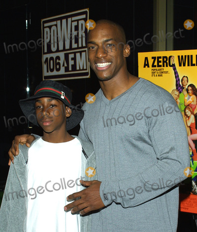 Ameer Harris Photo - Sd0507 the New Guy Mann Chinese 6 Theater Hollywood CA Ameer Harris  Nephew Photo Tom Rodriguez  Globe Photos Inc (C)