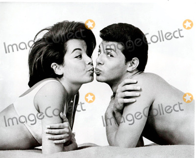 Frankie Avalon Photo - Annette Funicello and Frankie Avalon Beach Party Photo Globe Photos Inc 1960 Annettefunicelloretro