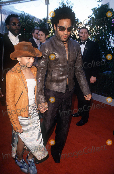 Lenny Kravitz Photo - 42nd Grammy Awards Staples Center LA CA 022200 Lenny Kravitz and Daughter Photo by Alec MichaelGlobe Photos Inc