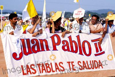 John Paul Photo - Pope John Paul Ii Visits Panama Photo Kevin Jenkins  Ipol  Globe Photos Inc 1983