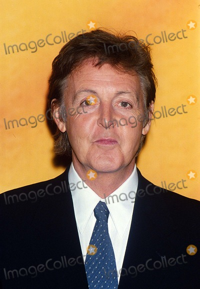 Linda Mccartney Photo - Paul Mccartney Anouncing That Linda Mccartney Foods Will No Longer Be Made with Gmo Ingredients 6-10-1999 Uiw 16246-a1 Photo by Uppa-ipol-Globe Photos Inc