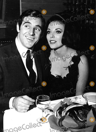 Anthony Newley Photo - Anthony Newley with Wife Joan Collins Supplied by Globe Photos Inc