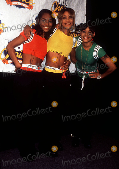 Left Eye Lopes Photo -  Kids Choice Awards T-boz Chili and Lisa Left Eye Lopez Photo by Lisa RoseGlobe Photos Inc