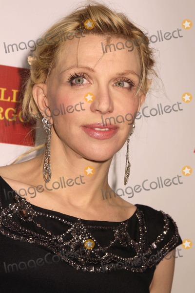 Courtney Love Photo - Elton John Aids Foundations 11th Annual an Enduring Vision Benefit Cipriani Wall Street NYC October 15 2012 Photos by Sonia Moskowitz Globe Photos Inc 2012 Courtney Love