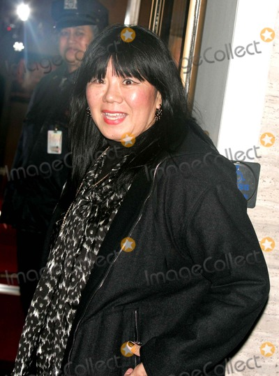Amy Tan Photo - Arrivals at Alice Tully Hall For the Premiere of Curse of the Golden Flower Lincoln Center 11-27-2006 Photos by Rick Mackler Rangefinder-Globe Photos Inc2006 Amy Tan