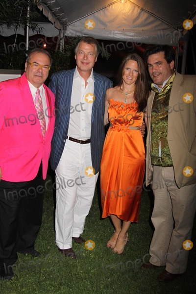 Hunt Slonem Photo - The Third Annual Best Buddies Hamptons Gala Home of Jay Mcinerney and Anne Hearst Bridgehampton NY 08-21-2010 Photos by Sonia Moskowitz Globe Photos Inc 2010 Hunt Slonem Richard and Cecile Johnson Jeffrey Slonim