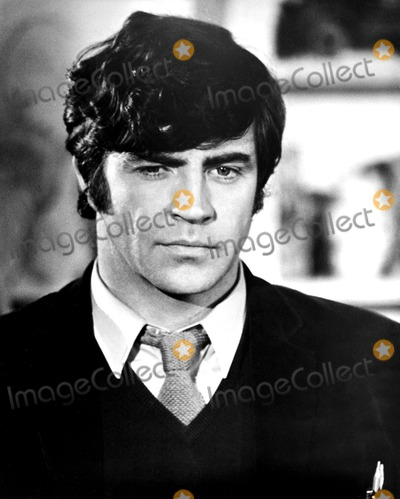 Alan Bates Photo - Alan Bates 1972 Supplied by Globe Photos Inc Alanbatesretro