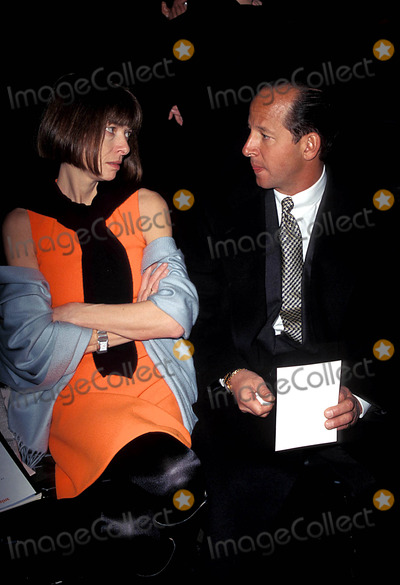Ron Galotti Photo - Sd0329 Nicole Miller Fall Fashion Show Anna Wintour and Ron Galotti Photo Byrose HartmanGlobe Photos Inc