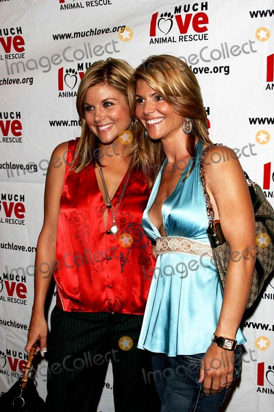 Tiffany Photo - Tiffani Thiessen and Lori Loughlin - Much Love Animal Rescue 4th Annual Celebrity Comedy Benefit at the Laugh Factory - West Hollywood CA - 08-10-2005 - Photo by Nina PrommerGlobe Photos Inc2005 -