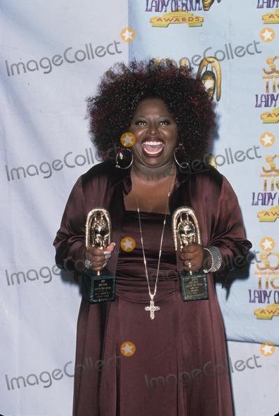 Angie Stone Photo - Angie Stone at Soul Train Lady of Soul Awards Santa Monica Ca 2000 K19638psk Photo by Paul Skipper-Globe Photos Inc