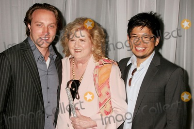 Steve Chen Photo - I13367CHWTHE 35TH ANNUAL VISION AWARDS PRESNTED BY RETINITIS PIGMENTOSA INTERNATIONAL (RPI) BEVERLY HILTON HOTEL BEVERLY HILLS CA  061208HELEN HARRIS- FOUNDER OF RETINITIS PIGMENTOSA INTERNATIONAL (RPI)  WITH  CHAD HURLEY AND STEVE CHEN - FOUNDERS OF YOUTUBE    PHOTO CLINTON H WALLACE-PHOTOMUNDO-GLOBE PHOTOS INC