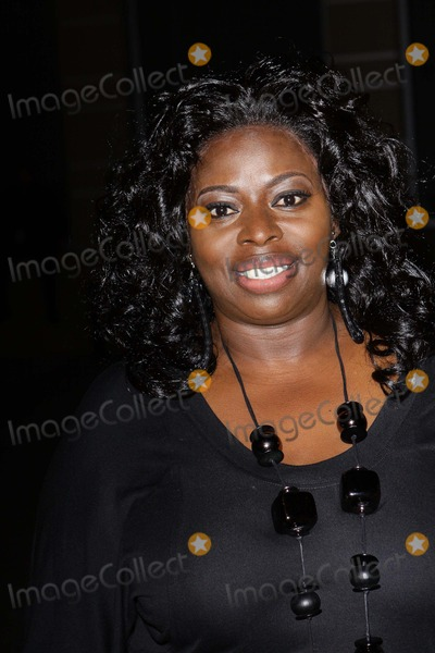 Angie Stone Photo - Angie Stone Uncf Evening of Stars Tribute to Chaka Khan Held at the Westin Hote Pasadenacalifornia 09-25-2010 Photo Tleopold-Globephotos Inc 2010