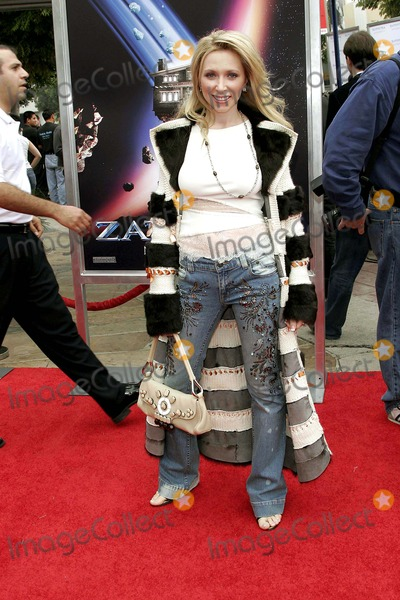 Alla Wartenberg Photo - Zathura Premiere at the Mann Village Theater in Westwood California 11-06-2005 Photo by Nina PrommerGlobe Photos Alla Wartenberg