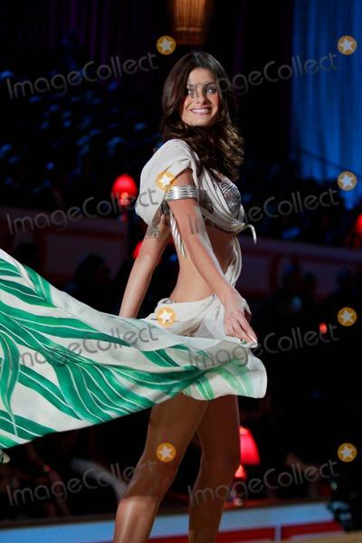 Isabeli Fontana Photo - Victorias Secret Fashion Show - Performance the Lexington Armory New York City 11-10-2010 Photos by Sonia Moskowitz Globe Photos Inc 2010 Isabeli Fontana