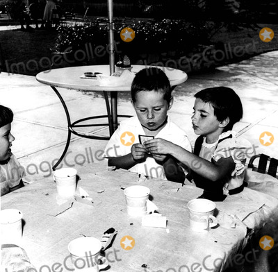 Liza Minnelli Photo - Liza Minnelli 8 Years Old and Stepbrother Joel Luft at Birthday Party 27304 Globe Photos Inc Judygarlandobit