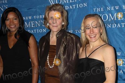 Agnes Gund Photo - Grace Hightower Agnes Gundhyatt Bass at NY Womens Foundations Stepping Out and Stepping Upannual Gala at Gotham Hall New York City 12-01-2010 Photo by John BarrettGlobe Photos Inc2010