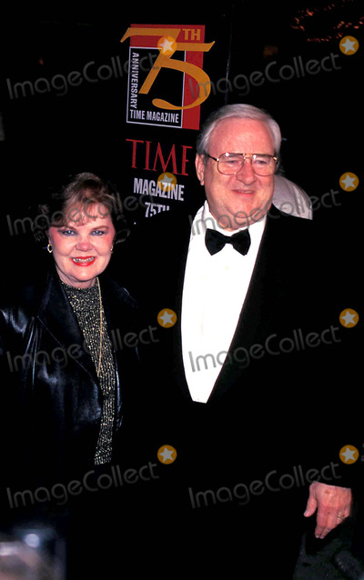 Jerry Falwell Photo - Sd0303 Times 75th Anniversary Party at Radio City Music Hall New York City Jerry Falwell Photo Walter WeissmanGlobe Photos Inc 1998 Jerryfalwellretro