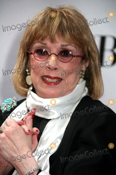 Phyllis Newman Photo - Annual Tony Awards Red Carpet Arrivals Radio City Music Hallnyc June 7 09 Photos by Sonia Moskowitz Globe Photos 2009 Phyllis Newman