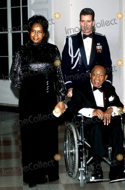 Lionel Hampton Photo - Sd1-9 National Medal of Arts and Charles Frankel Prize Dinner at White House in Washington Pauline Bostwick_lionel Hampton Photo Byjames M KellyGlobe Photos Inc