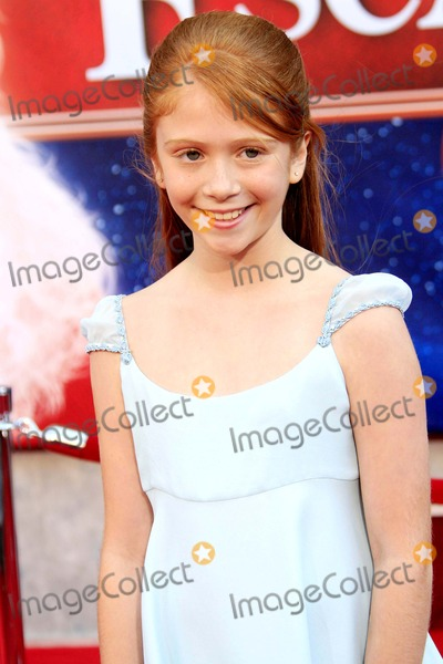 Liliana Mumy Photo - Liliana Mumy - the Santa Clause 3 the Escape Clause - World Premiere - El Capitan Theater Hollywood California - 10-29-2006 - Photo by Nina PrommerGlobe Photos Inc 2006