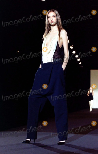 Alessandro DellAcqua Photo - Alessandro Dellacqua Milan Autumn  Winter 2003-4 Fashion Collection_030303 NewspixipolGlobe Photos Inc