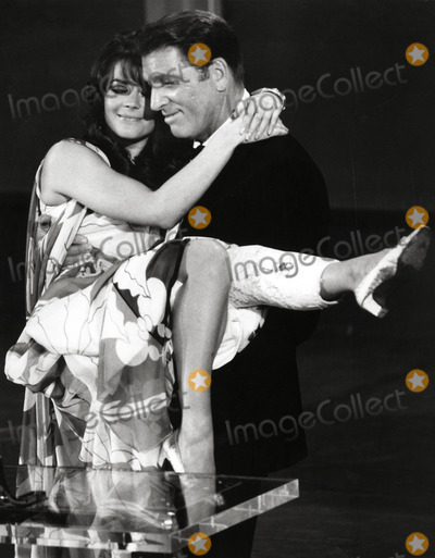 Burt Lancaster Photo - Natalie Wood and Burt Lancaster Photo Globe Photos Inc