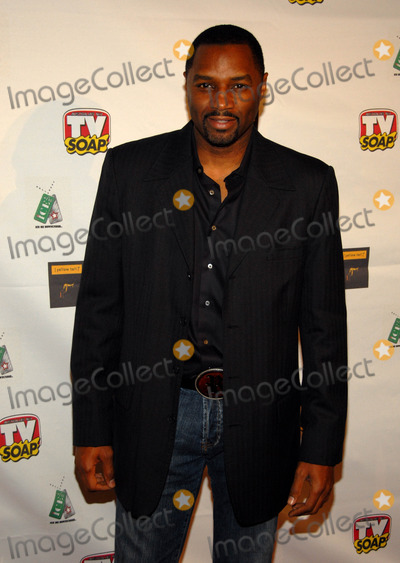 Rodney Van Johnson Photo - Tv Soap Magazine Australias Number 1 Daytime Magazine Presents the Tv Soaps 4th Golden Boomerrang Awardsfour Seasons Hotel Ballroombeverly Hills CA 01-13-06 Photo David Longendyke-Globe Photos Inc 2006 Image  Rodney Van Johnson