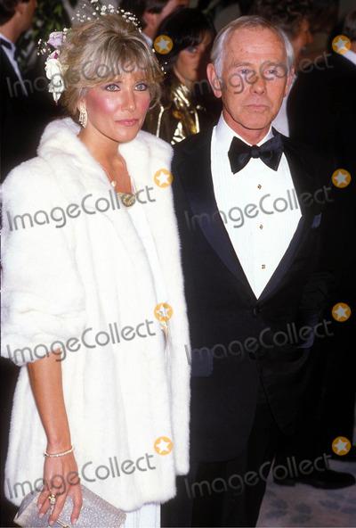 Johnny Carson Photo - Johnny Carson and Alexis Maas Photo by Hans Ruedelsten-Globe Photos 1986