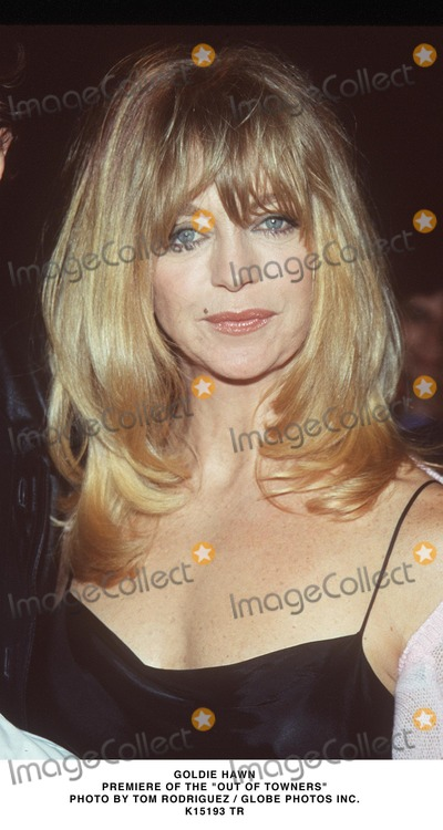 Goldie Photo - 032999 Premiere of the out-of-towners Goldie Hawn Photo by Tom RidriguezGlobe Photos Inc