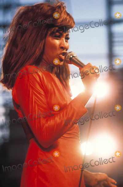 Tina Turner Photo - Tina Turner Photo by Walater Iooss-Globe Photos