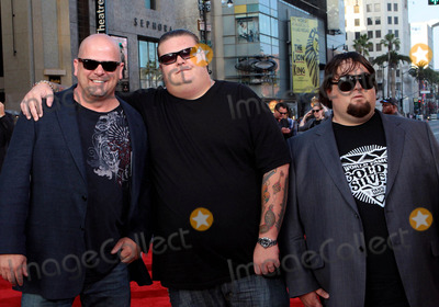 Austin Russell Photo - Rick Harrison Corey Harrison Austin Russell the A-team Los Angeles Premiere - Arrivals at the Grauman Chinese Theatre Hollywood CA 06-03-2010 Photo by Tleopold - Globephotos Inc 2010