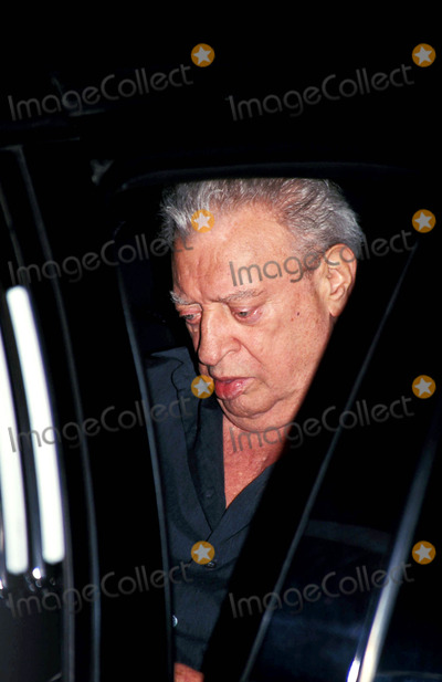 Rodney Dangerfield Photo - Rodney Dangerfield Leaving Live with Regis and Kelly in New York City 62004 Photo Byrick MacklerrangefindersGlobe Photos Inc
