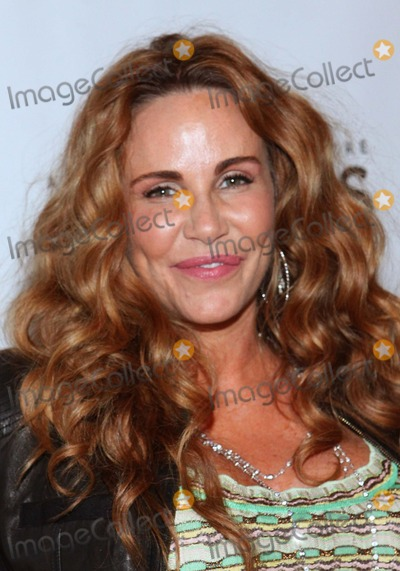 Tawny Kitaen Photo - Tawny Kitaen Rain a Tribute to the Beatles Held at the Pantages Theatre Hollywood CA April 12 - 2011 Photo TleopoldGlobephotos