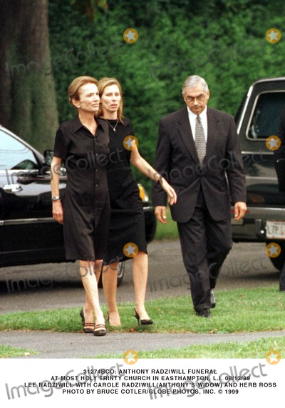 Lee Radziwill Photo - Anthony Radziwill Funeral Service Most Holy Trinity Church East Hampton Li (813) Lee Radziwill W Carole Radziwil ( Anthonys Widow) and Herb Ross Bruce Cotler Globe Photos Inc