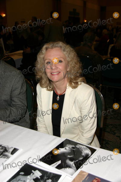 Hayley Mills Photo - Hollywood Collectors Show at the Burbank Hilton Burbank California 02-18-2005 Photo by Ed Geller-Globe Photos Inc 2005 Hayley Mills