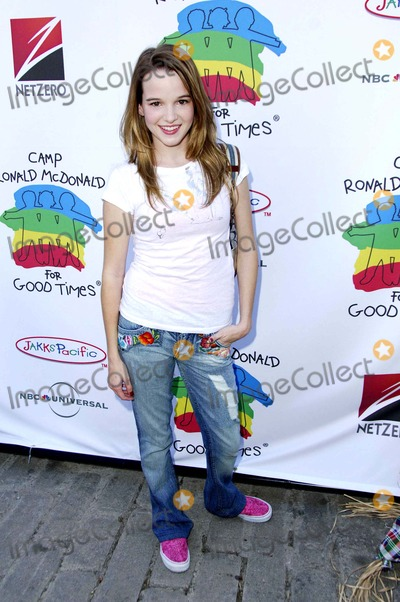 Kay Panabaker Photo - Kay Panabaker During the 14th Annual Camp Ronald Mcdonald Family Holloween Carnival Held at Universal Studios Backlot on October 22 2006 in Los Angeles Photo Michael Germana  Superstar Images - Globe Photos