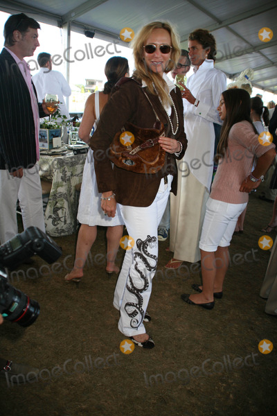 Patti Davis Photo - The Hampton Classic Horse Show-final Day-grand Prix Tent Bridgehampton New York 09-02-2007 Photos by Sonia Moskowiitz Globe Photos Inc 2007 Patty Davis