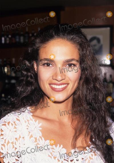 Wanda Acuna Photo - Wanda Acuna the Seasons of Beento Blackbird Book Party 1996 K6502lr Photo by Lisa Rose-Globe Photos Inc