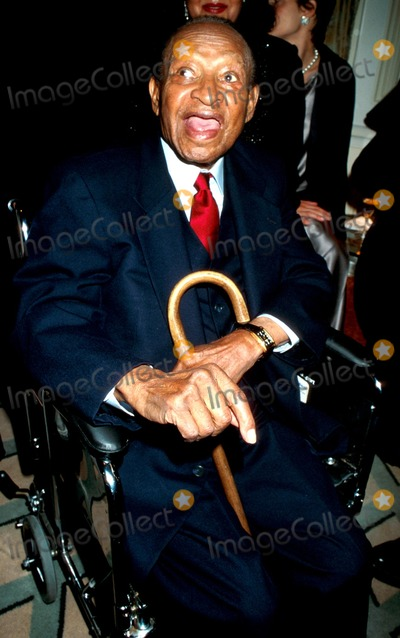 Lionel Hampton Photo - Sd1019 Anthony Quinn Roast at the Palace Hotel in New York City Photo Byjohn BarrettGlobe Photos Inc