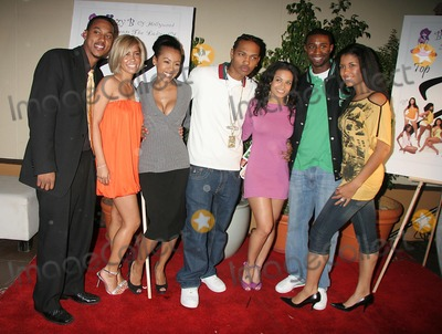 Andre Johnson Photo - I11638CHW TOP X 2007 CALENDAR LAUNCH PARTY HOSTED BY WESLEY JONATHAN AND DENYCE LAWTON THE HIGHLANDS HOLLYWOOD CA WESLEY JONATHAN WITH ANDRE JOHNSON DEJA THE GREAT DENYCE LAWTON AND THE 2007 TOP X CALENDAR MODELSPHOTO CLINTON H WALLACE-PHOTOMUNDO-GLOBE PHOTOS INC