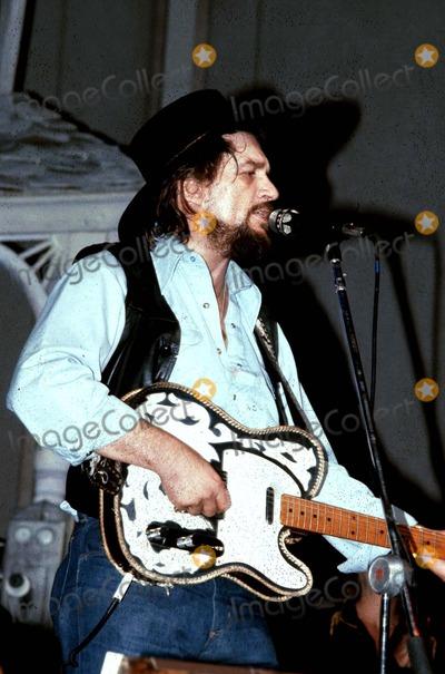 Waylon Jennings Photo - Waylon Jennings PhotoGlobe Photos Inc