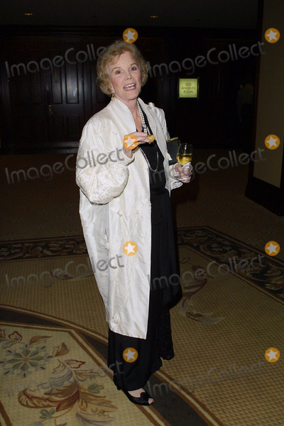 Virginia Mayo Photo - Annual Thalians Ball Century Plaza Hotel Los Angeles CA Virginia Mayo Photo by Fitzroy Barrett  Globe Photos Inc 10-13-2001 K23084fb (D)
