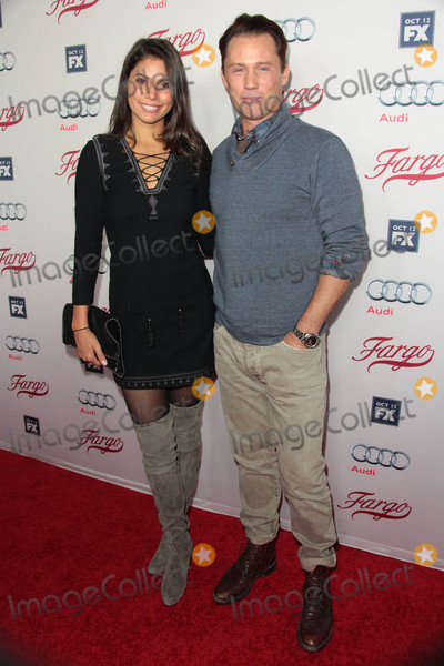 Jeffrey Donovan Photo - Jeffrey Donovan Michelle Woods Attend Premiere of Fxs Fargo on October 7th 2015 at the Arclight Cinemas in Hollywoodcaliforniaphoto AloweGlobe Photos