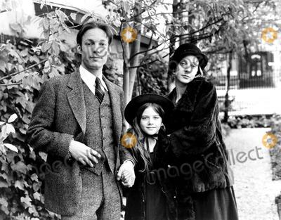 Richard Chamberlain Photo - Richard Chamberlain Leslie Williams and Blythe Danner in F Scott Fitzgerald and the Last of the Belles  1974 Supplied by Globe Photos Inc Richardchamberlainretro Tv Movie Still